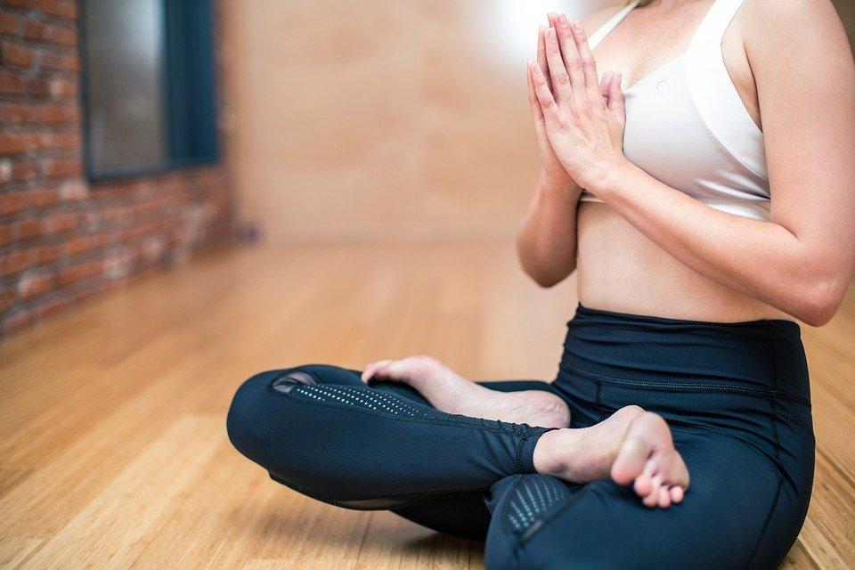 yoga-3053488_960_720-2